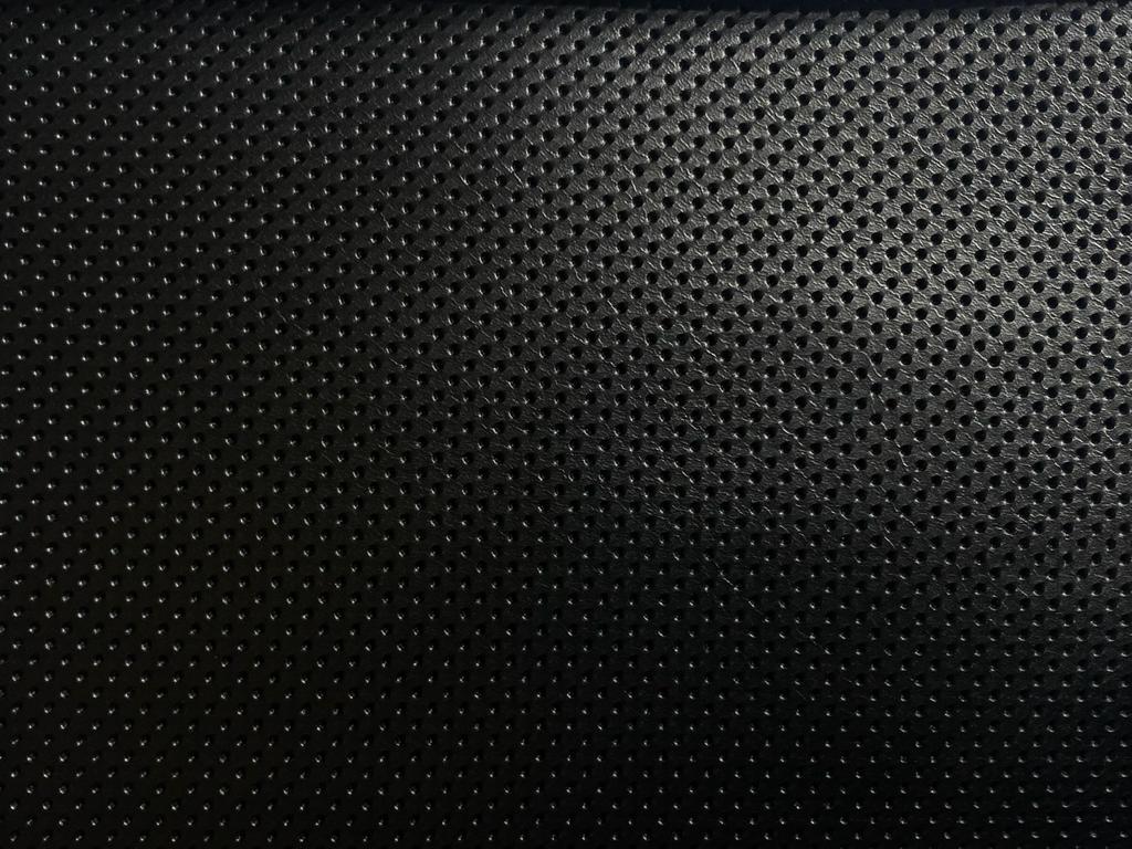 negru perforat